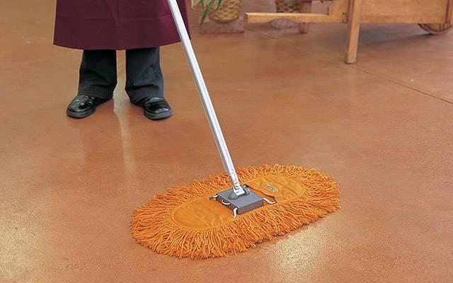レンタルモップ|テーブルや棚の上の小さなほこりからフロア掃除まで日々のお掃除用途や場所に合わせたフロアモップ、 ハンディモップなど種類豊富に取り揃えております。また、掃除機のように音が出ませんのでどのような状況や場所の場合でもご使用できます。
