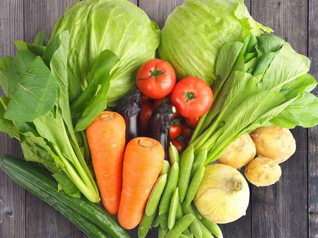 免疫力向上の基本はバランスの良い食事としっかり休養を取ることです。