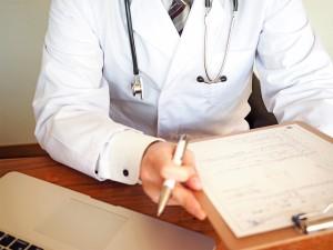 病院のドクター